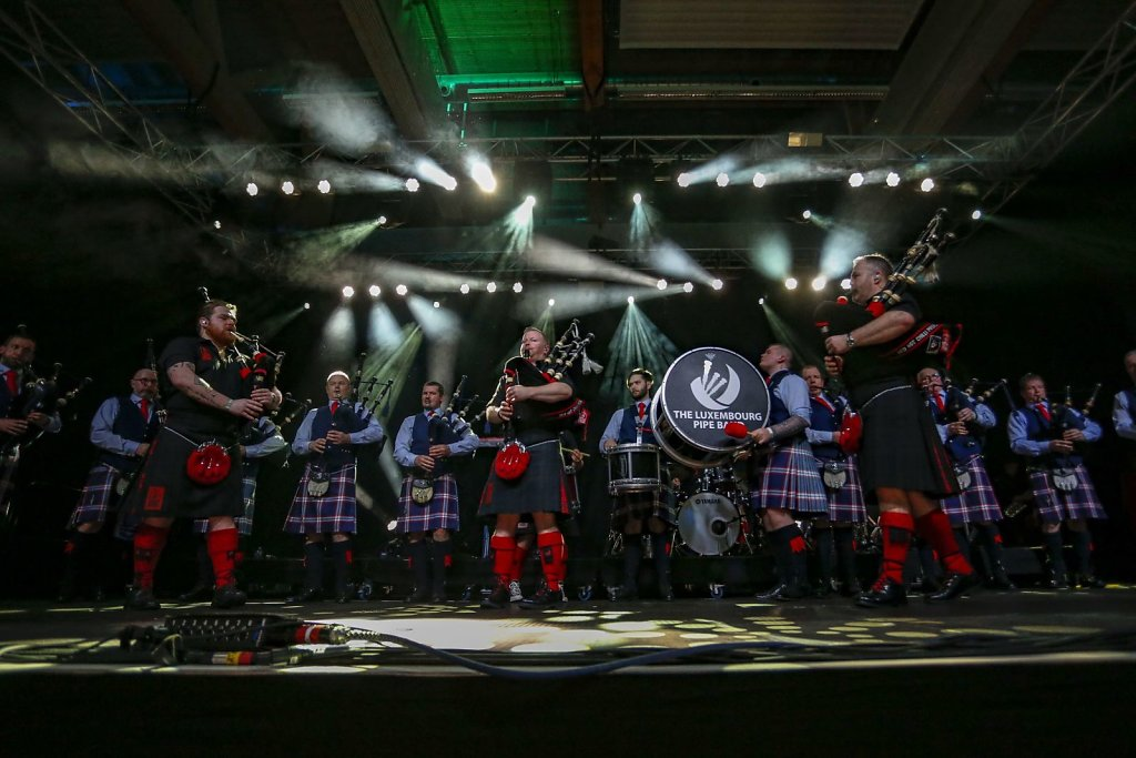 red-hot-chilli-pipers-015.jpg