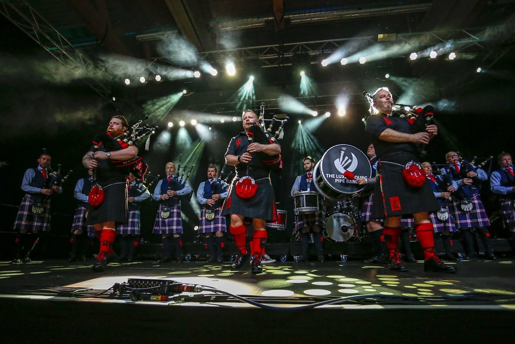 red-hot-chilli-pipers-016.jpg
